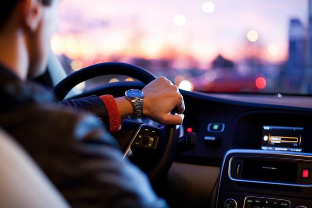 Kebiasaan Buruk Pengemudi Mobil