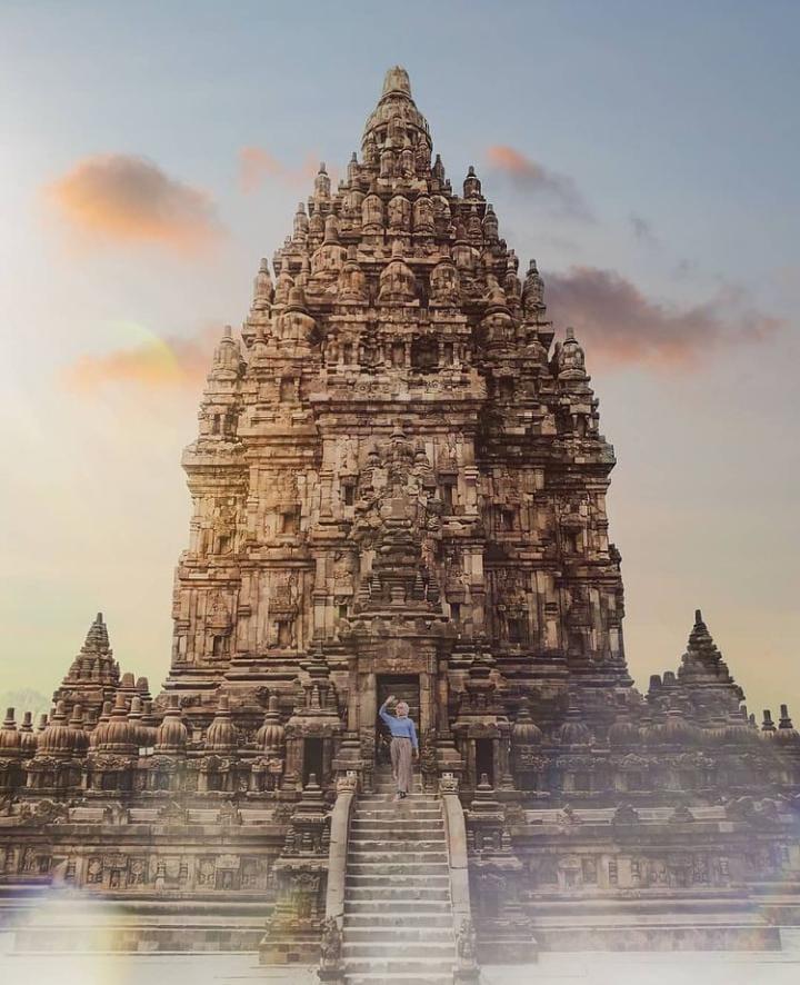 Gambar Candi Prambana yang merupakan tempat wisata di yogyakarta