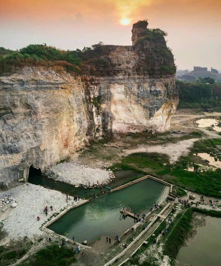Gambar dari Gunung kapur
