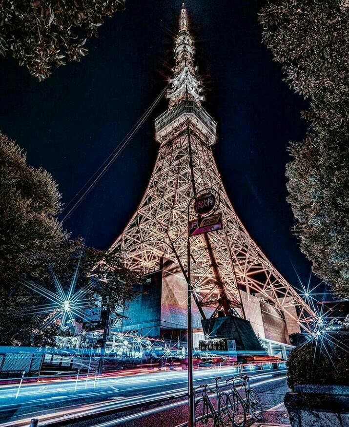 Gambar Menara Tokyo yang merupakan salah satu tempat wisata di tokyo