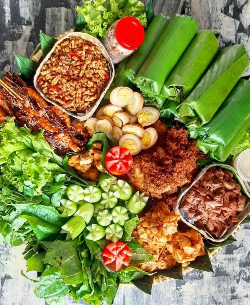 Gambar Nasi Timbel merupakan makanan khas sunda yang lezat dan terbaik untuk di coba
