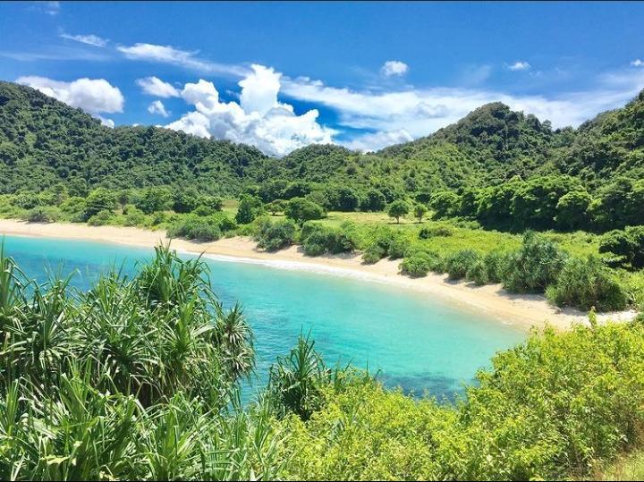 Gambar Pantai Mawi