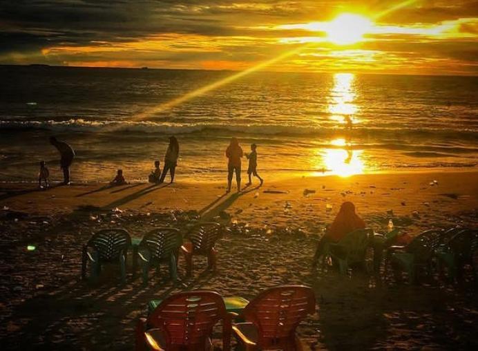 Gambar Pantai Cimpago Padang merupakan tempat wisata di padang
