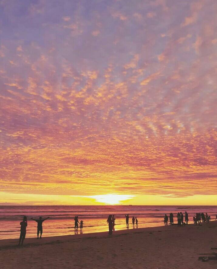 Gambar Pantai Panjang bengkulu  yang merupakan tempat wisata di bengkulu