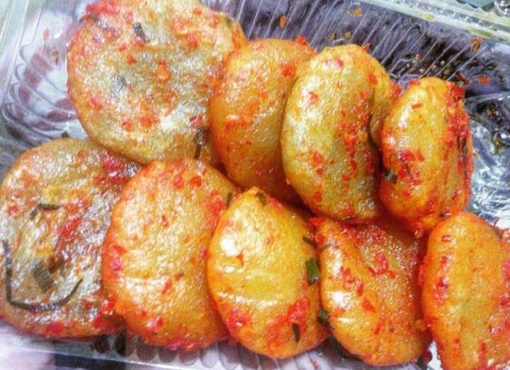 Gambar pempek sambal yang merupakan makanan khas Jambi