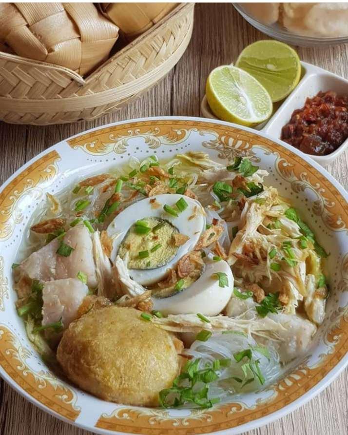 Gambar Soto banjar yang merupakan makanan khas Banjarmasin