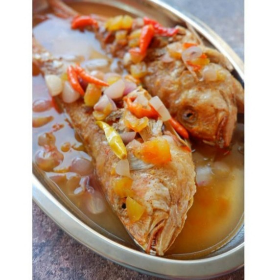 Ikan kuah asam merupkan makanan khas Alor