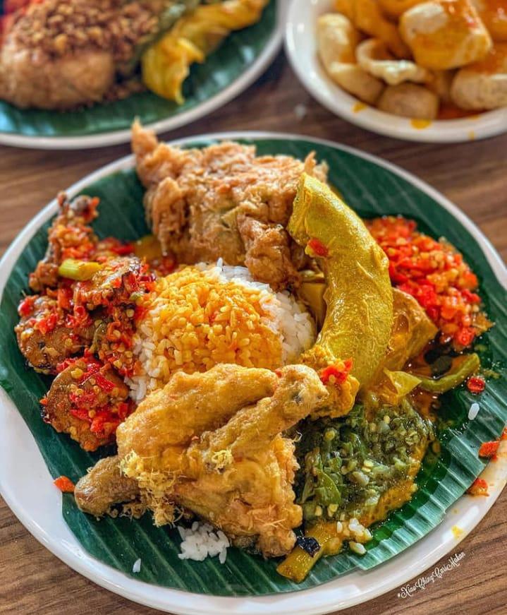 Nasi kapau yang unik dan lezat